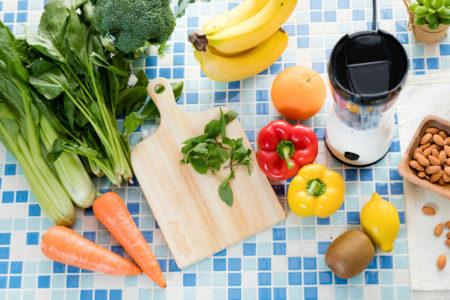 野菜ジュース・青汁は野菜の代わりになるの?